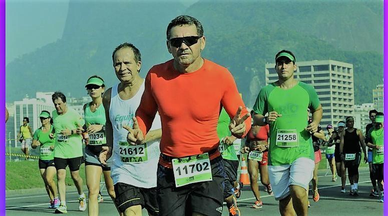 Nei Bezerra chega ao Rio para mais uma sessão de terapia antiestresse: a Meia Maratona
